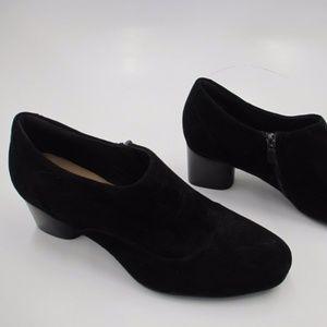 Clarks Unstructured Women's Black Bootie Size 9.5